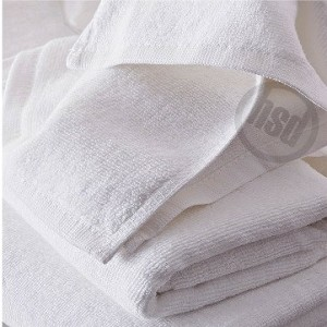 "Solid White Color Pool Towel, 100% Ring Spun Cotton, 30x60"",  14.00 lb, Price each, Sold by the Dozen."